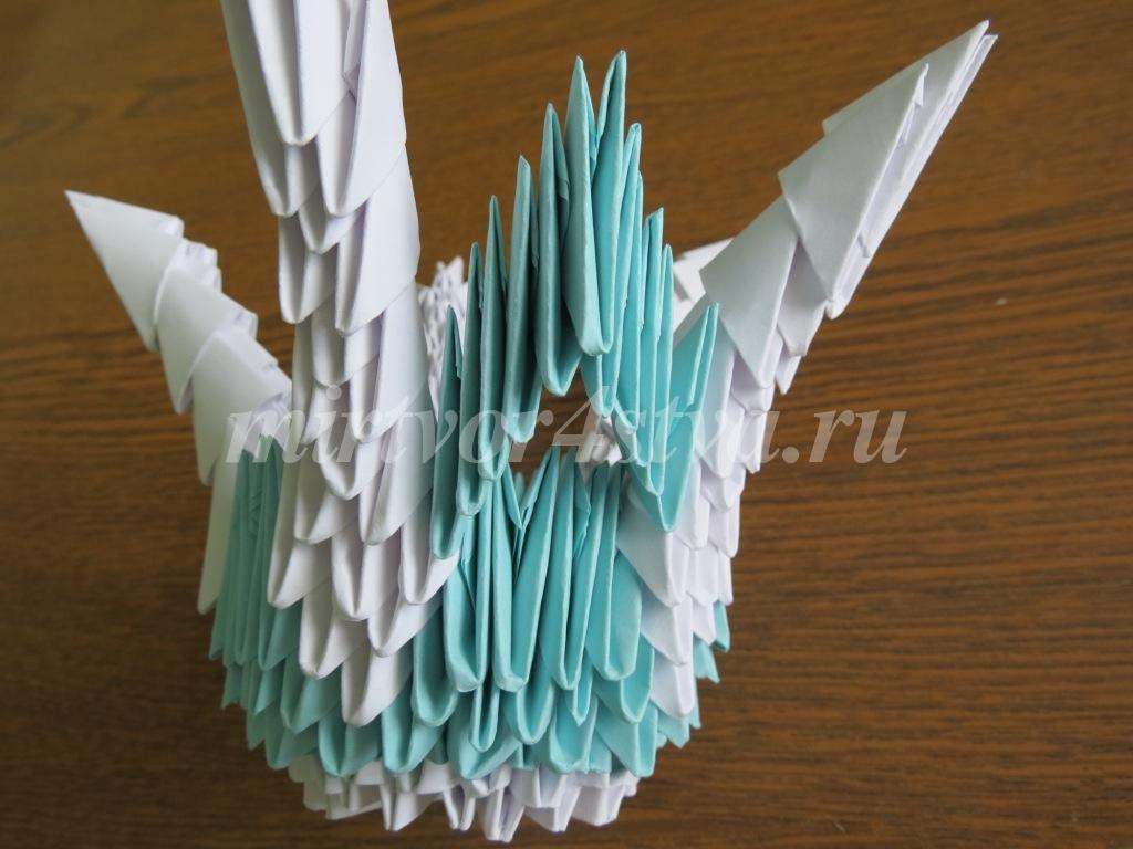 Модульное оригами белые цветы